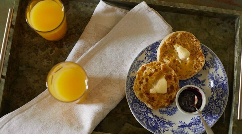 English muffins and orange juice