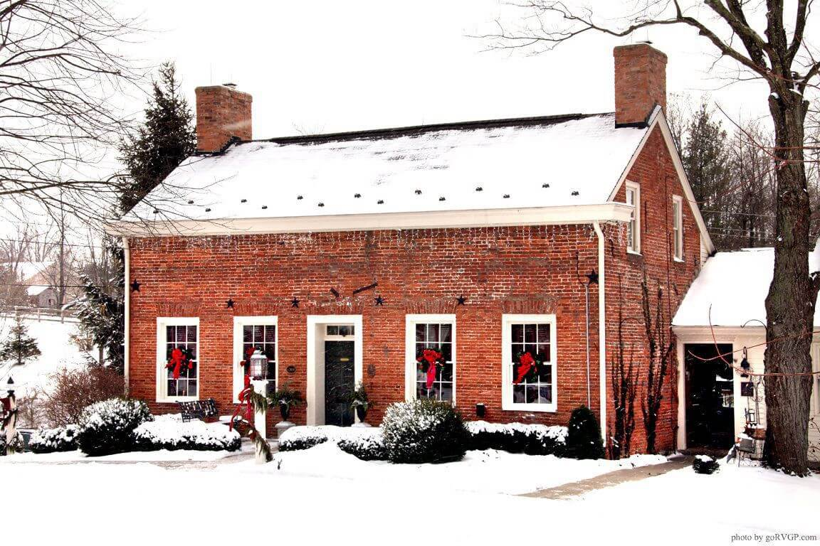 Willis Graves B&B in winter