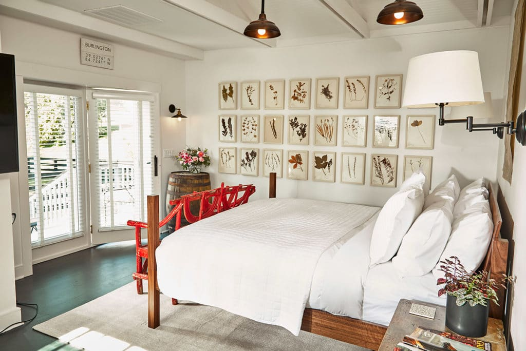 Garden Cottage bed